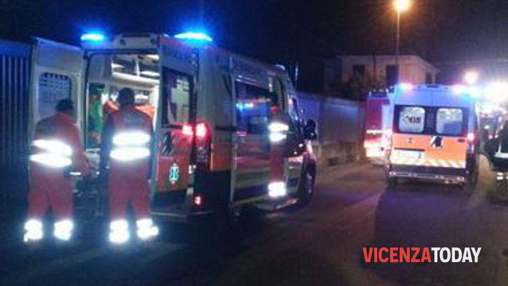 Monticello Conte Otto: schianto all'incrocio, tre feriti - VicenzaToday - VicenzaToday