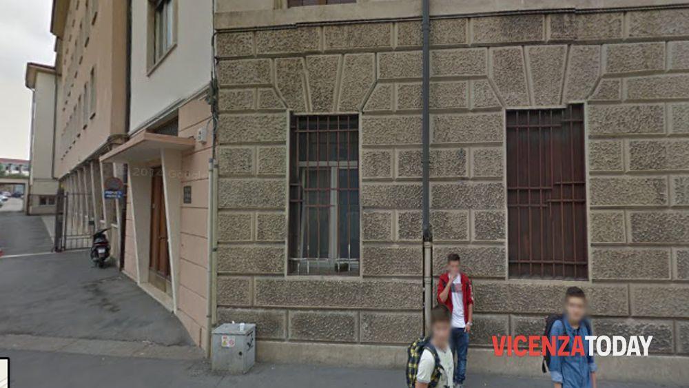 Vicenza prof del pigafetta critica il farina su facebook for Commissario esterno esami di stato rinuncia