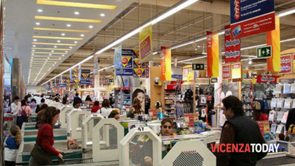 supermercati aperti 25 aprile - photo #10